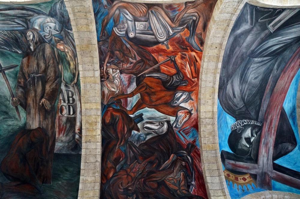 Uno de los murales pintados en las bóvedas del antiguo hospicio de Cabañas.