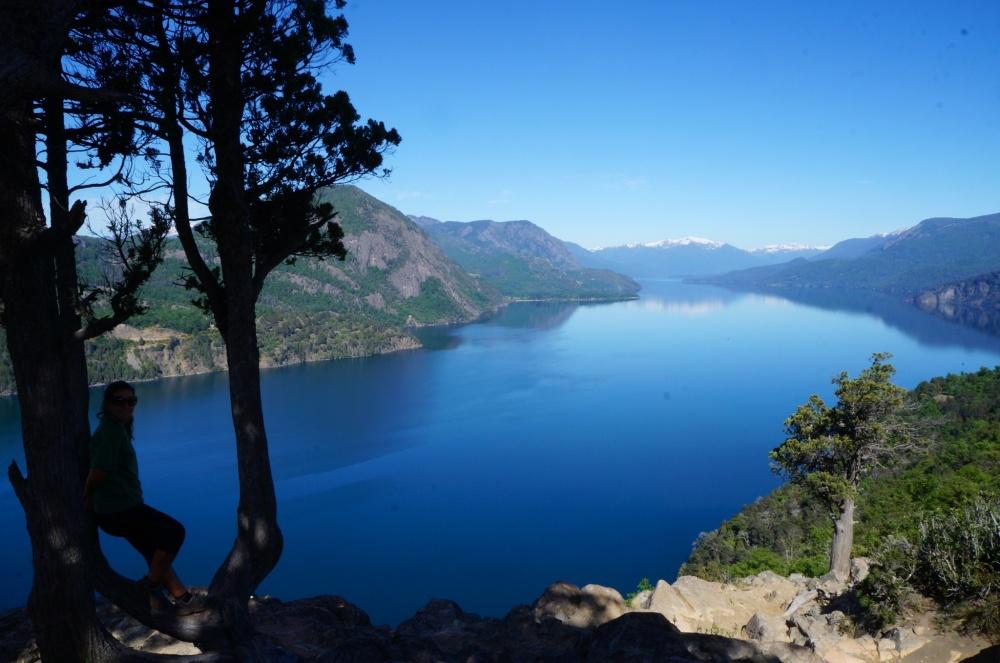 Preciosa vista del lago Lácar desde el mirador Bandurrias.