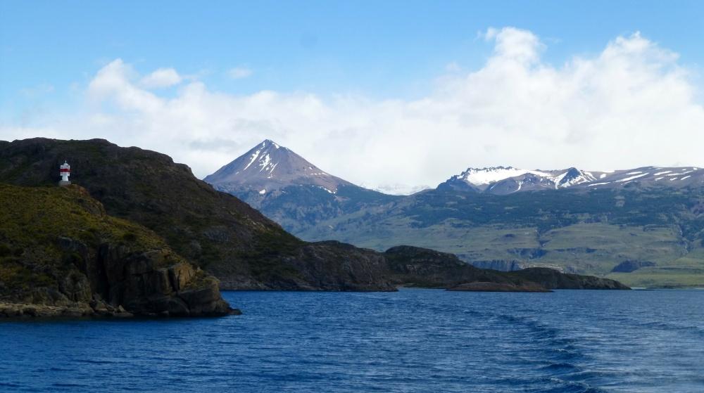 Un precioso paisaje se puede contemplar desde el barco.