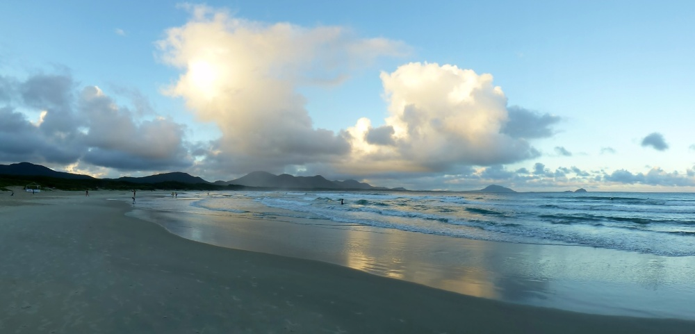 Playa en Barra da Lagoa a nuestra llegada al atardecer.