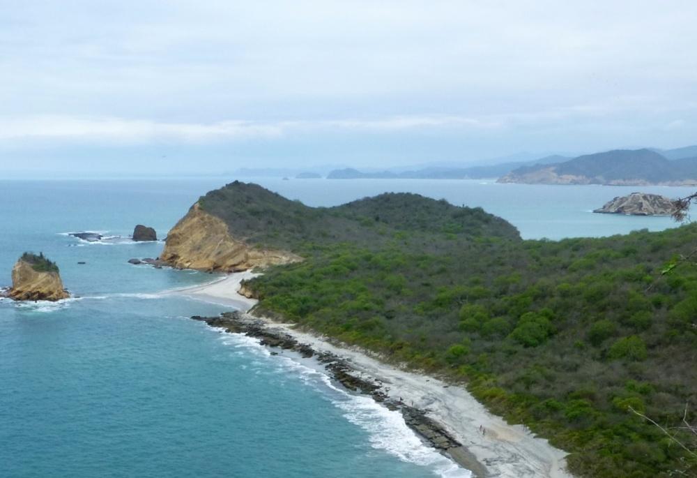 Vista general del Parque Machalilla desde el sendero.